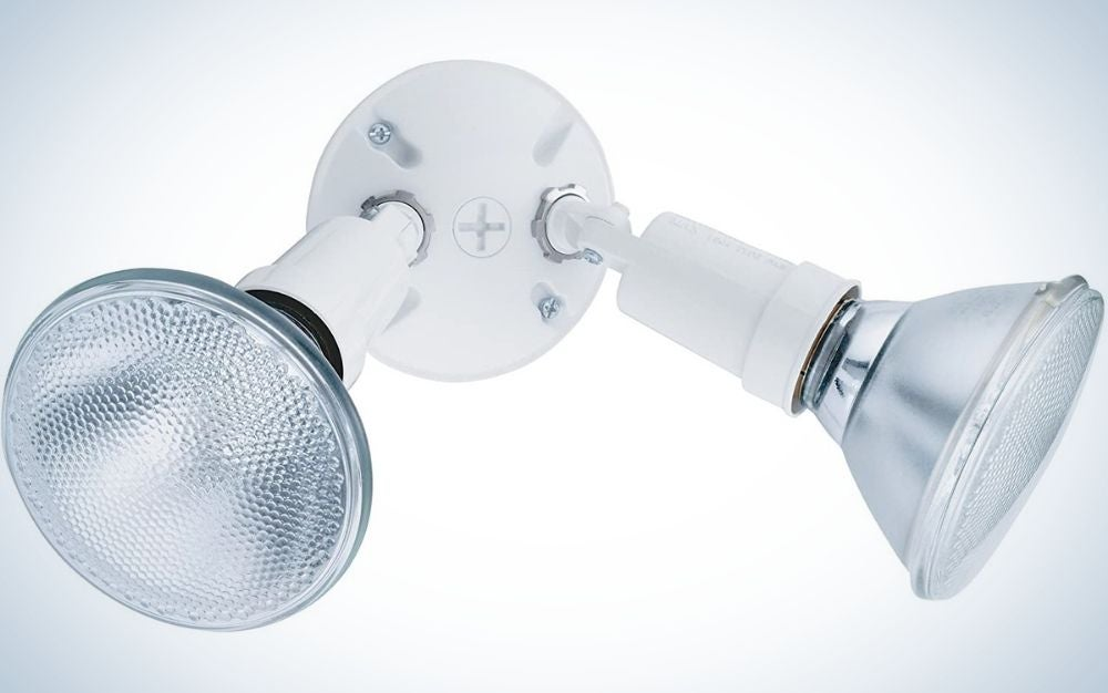 Two white lamps with a white aluminum system and two translucent white lamps placed in it.