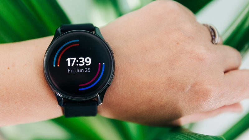 OnePlus Watch review: Amazing battery life comes at a cost