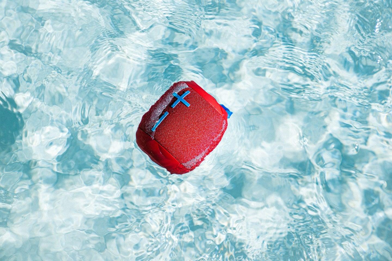 UE Wonderboom 2 floating in a pool