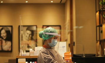 Under-vaccinated hotspots fuel 60 percent increase in US COVID-19 cases