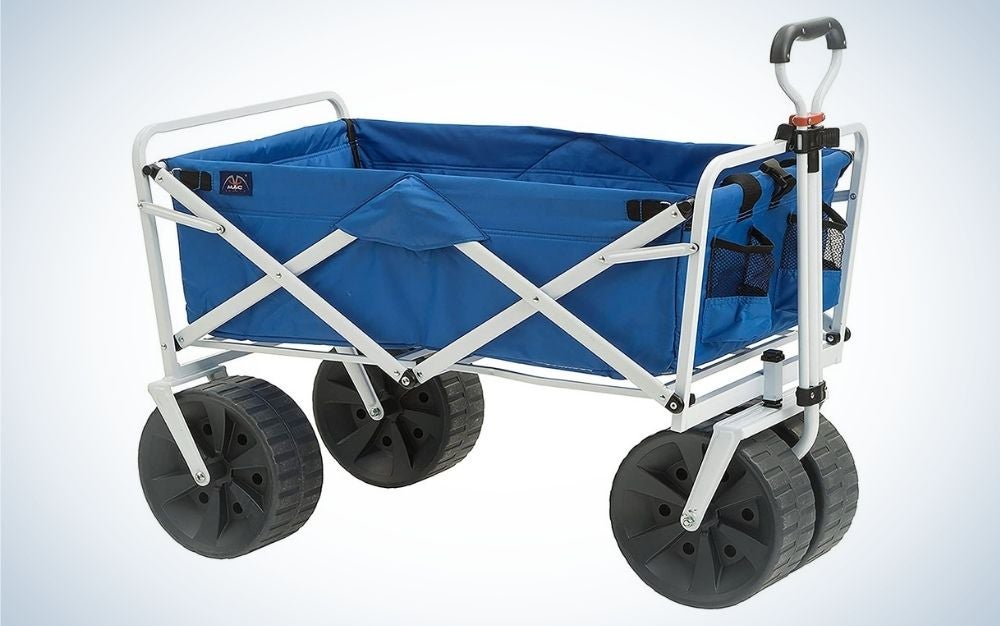 MacSports Heavy Duty is our pick for best all-terrain beach wagon.