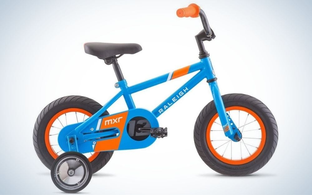The Raleigh MXR 16 is the best stabilized bike for kids.