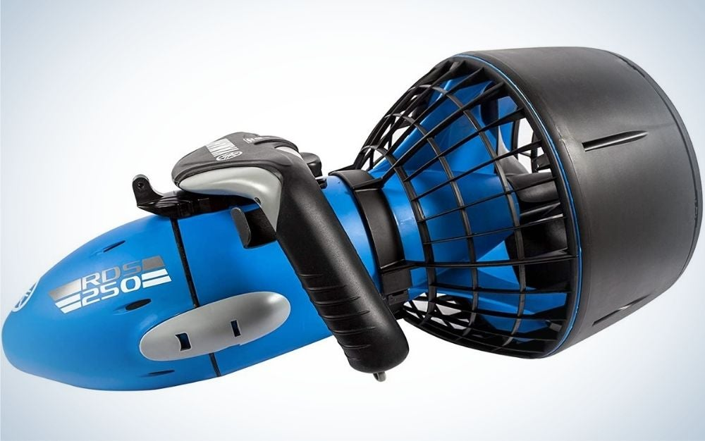 The Yamaha RDS250 Seascooter is the best underwater scooter for long battery life.