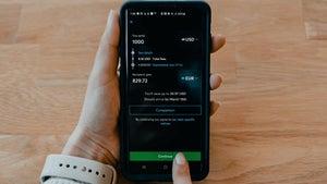 4 apps to safely transfer money internationally