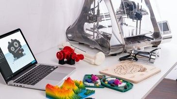 The best 3D printer is available for the beginner and the pro.