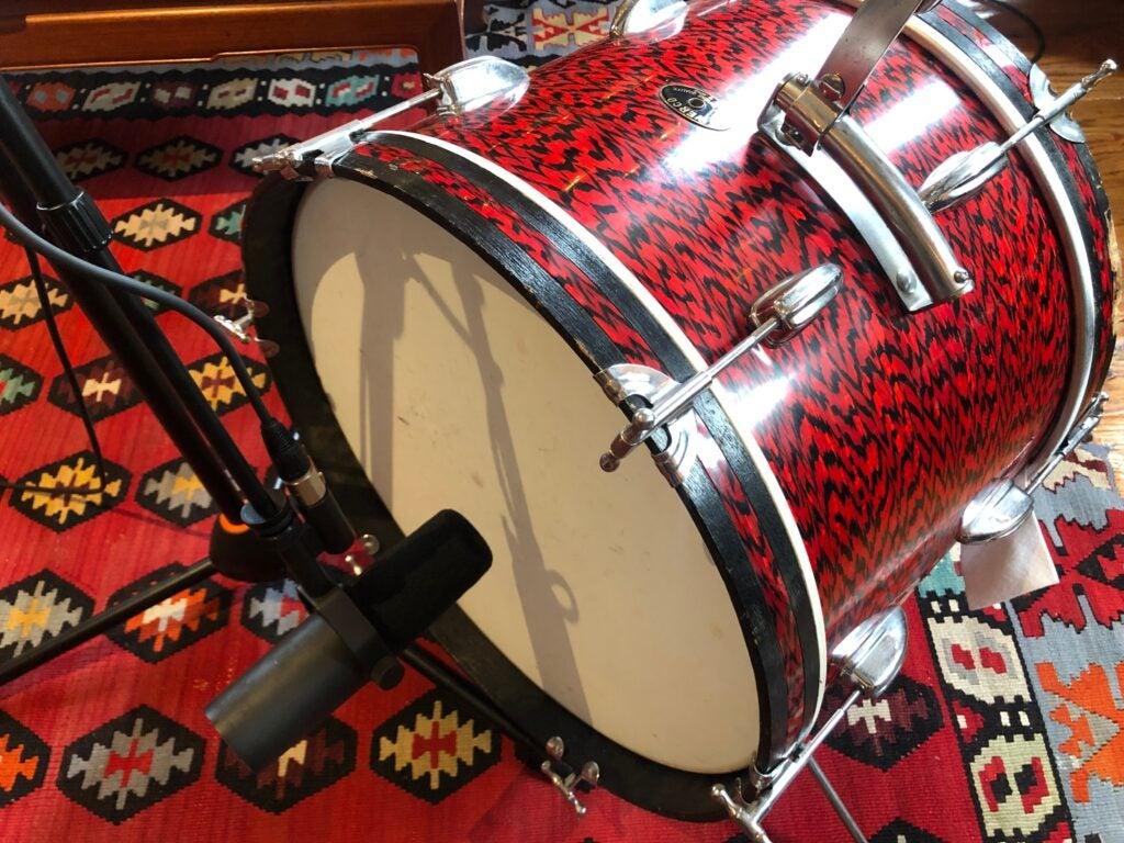 SM7B against a kick drum