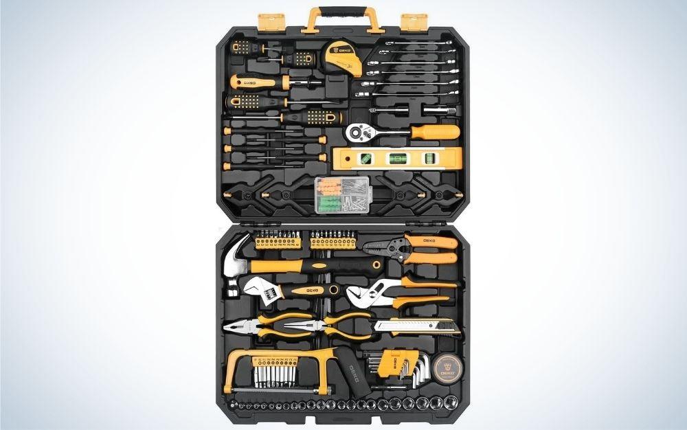 The Dekopro Mixed Tool Set is the best combo tool set for beginners.