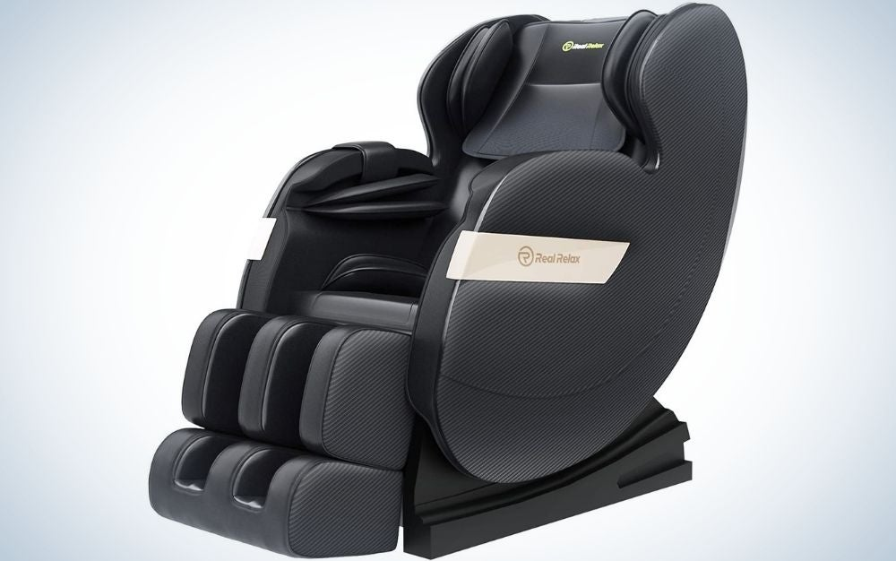 The Real Relax Favor 03 is the best massage chair for spa lovers.
