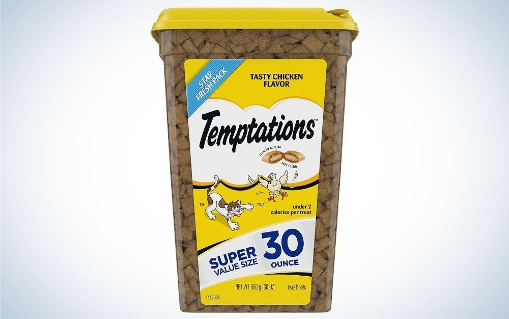 The Temptations Classic Crunchy and Soft Cat Treats are the best cat treats.