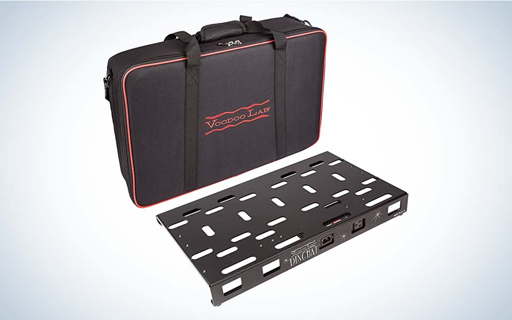 The Voodoo Lab Dingbat Pedalboard id the best pedalboard with power supply.