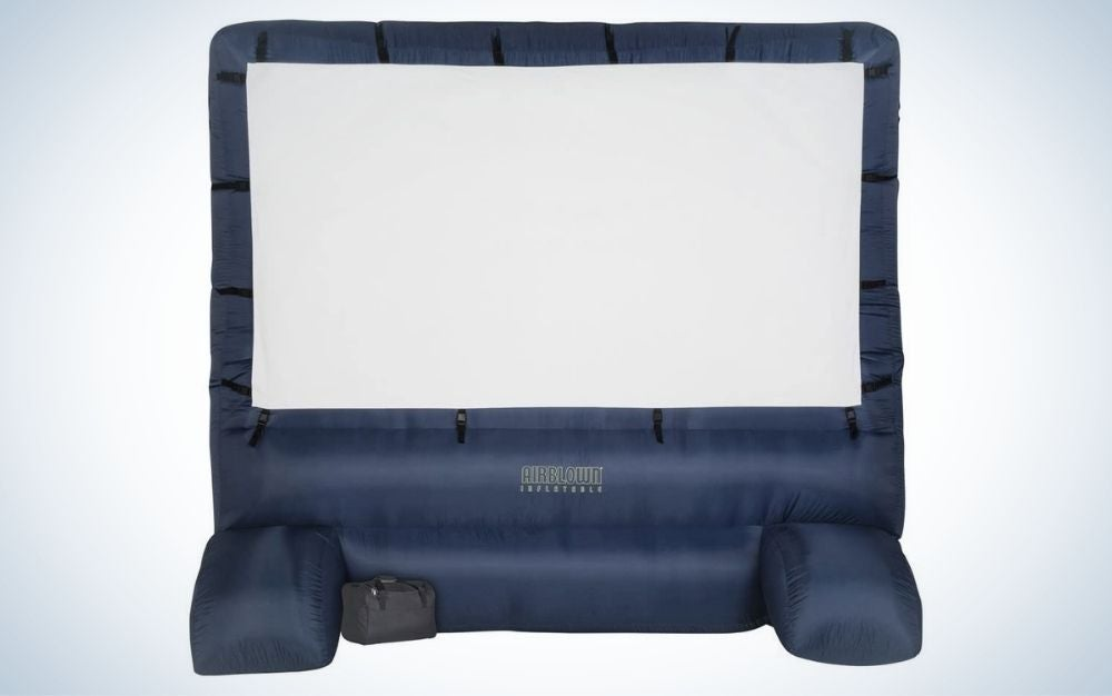 The Gemmy Airblown Movie Screen is the best projector screen for outdoor entertainers.