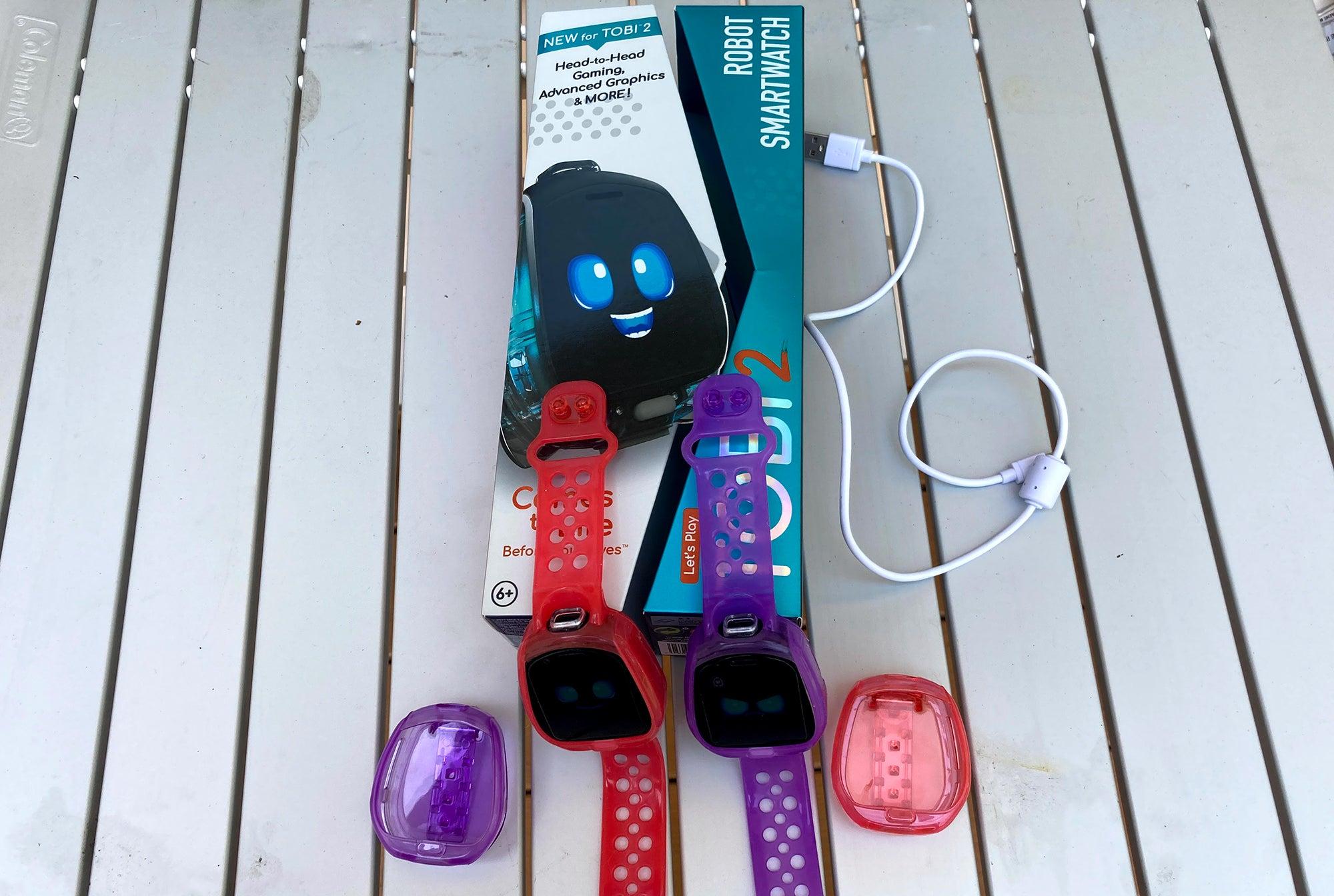 Tobi 2 Robot smartwatches with packaging