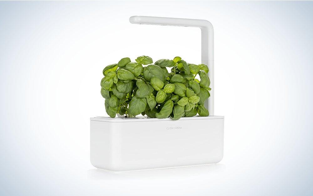 The Click and Grow Smart Garden 3 Is the best indoor herb garden.