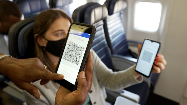 PayPal offers QR codes as payment on United flights.